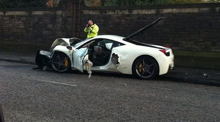 Ferrari 458 Italia Crash in Edinburgh