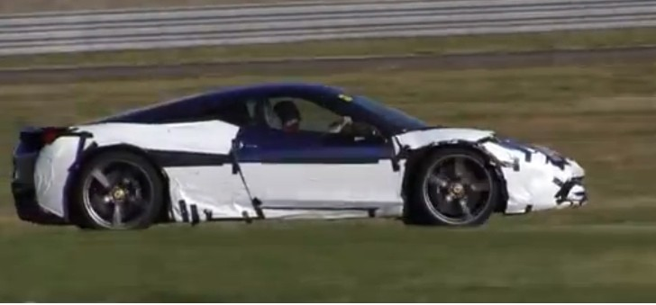 Ferrari 458 Speciale Sounds Aggressive [Video]