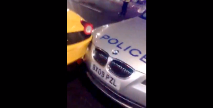 Ferrari 458 Spider Hit by Police BMW in London [Video]