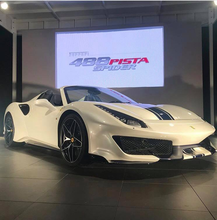 Ferrari 488 Spider: Ferrari 488 Pista Spider Looks Like A Record Car In Live