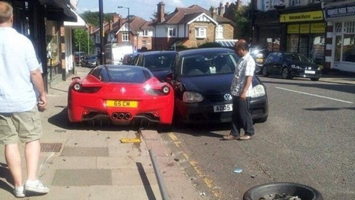 People Who Buy Junk Cars >> Ferrari Crash Makes for the Worst London Parking - autoevolution