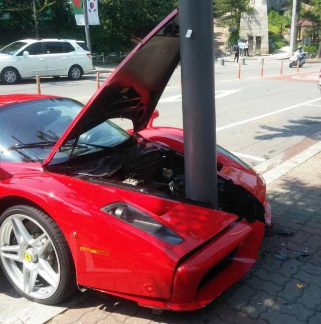 Image Result For Wallpaper Ferrari Enzo Accident