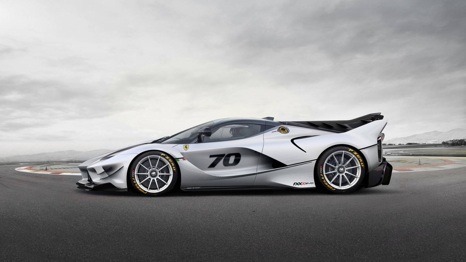 Ferrari FXX,K Evo Launched, Available As Upgrade Package And