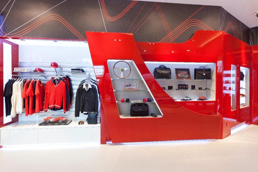 Ferrari Store Opens in Singapore - autoevolution a7420aad2