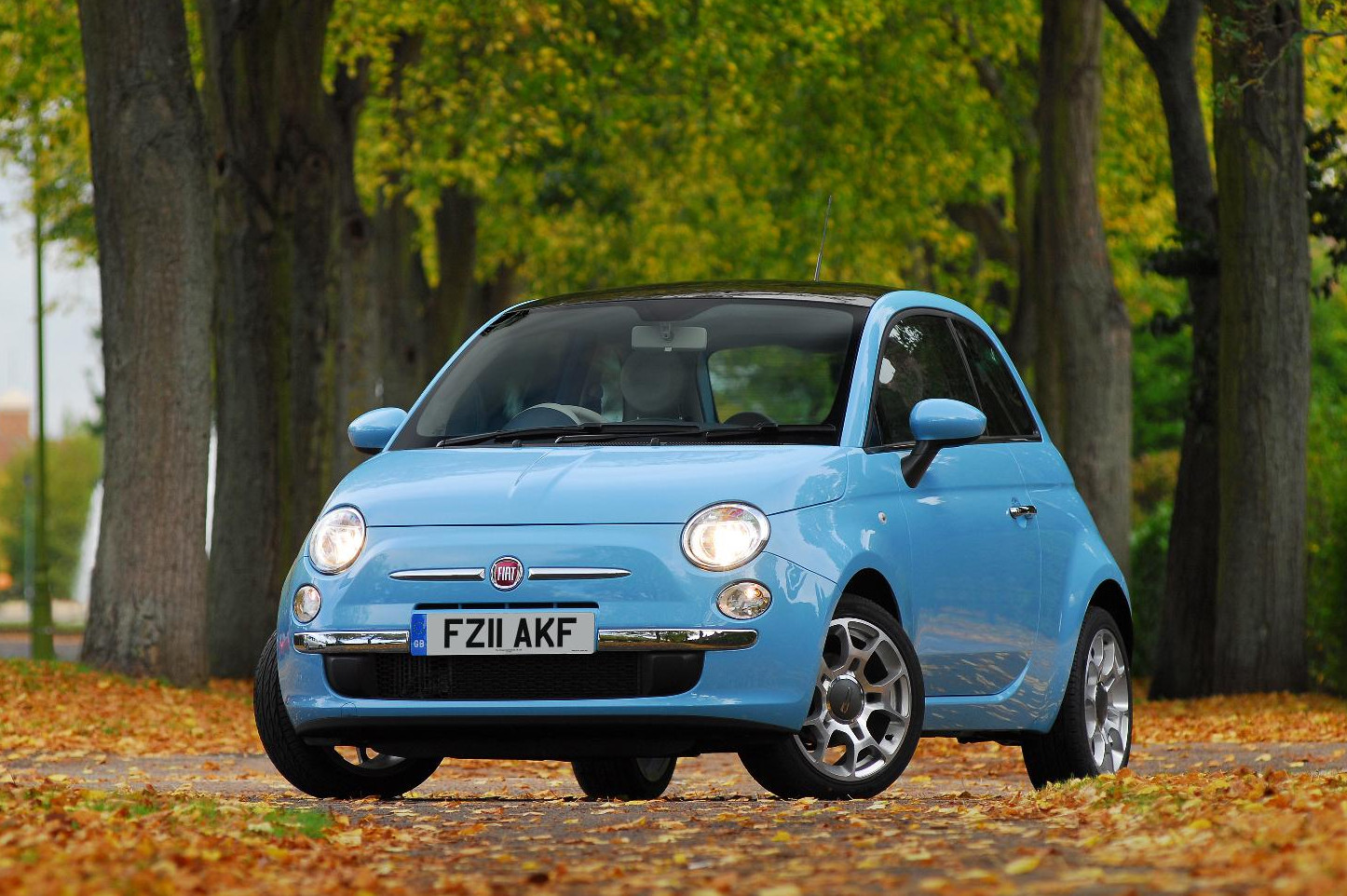 fiat 500 is the best city car according to fleet world. Black Bedroom Furniture Sets. Home Design Ideas