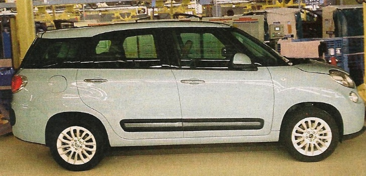 Fiat 500XL Spotted on Factory Floor Pending Production