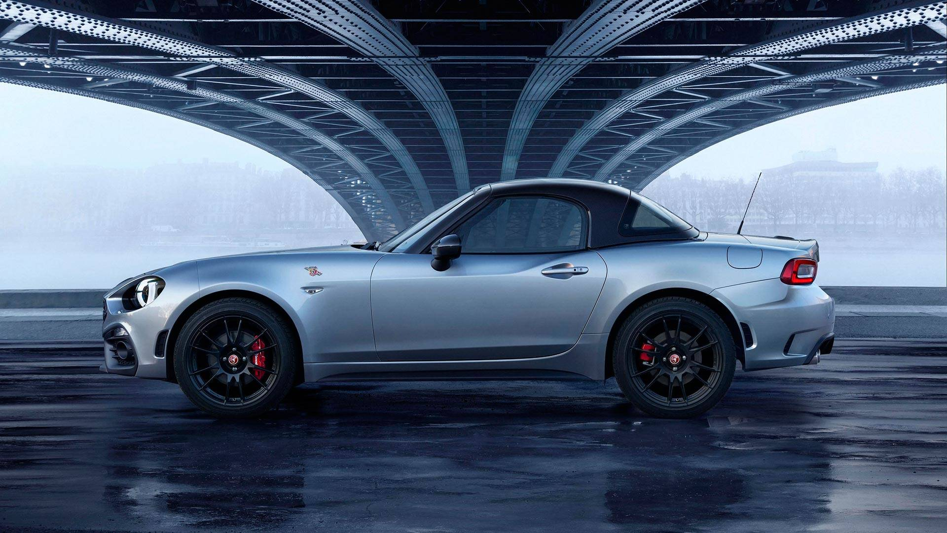 Fiat Reveals Abarth 124 Gt With Carbon Fiber Roof Ahead Of