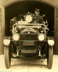 1925 Reo Fire Engine