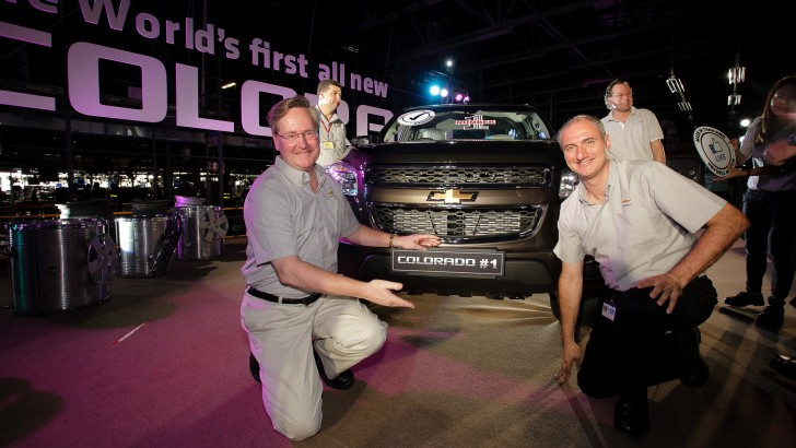 First 2012 Chevrolet Colorado Rolls off the Line