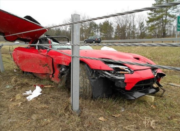 First 2013 SRT Viper Accident Kills Chrysler Engineer