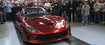 First 2013 SRT Viper Delivered to Customer [Video]