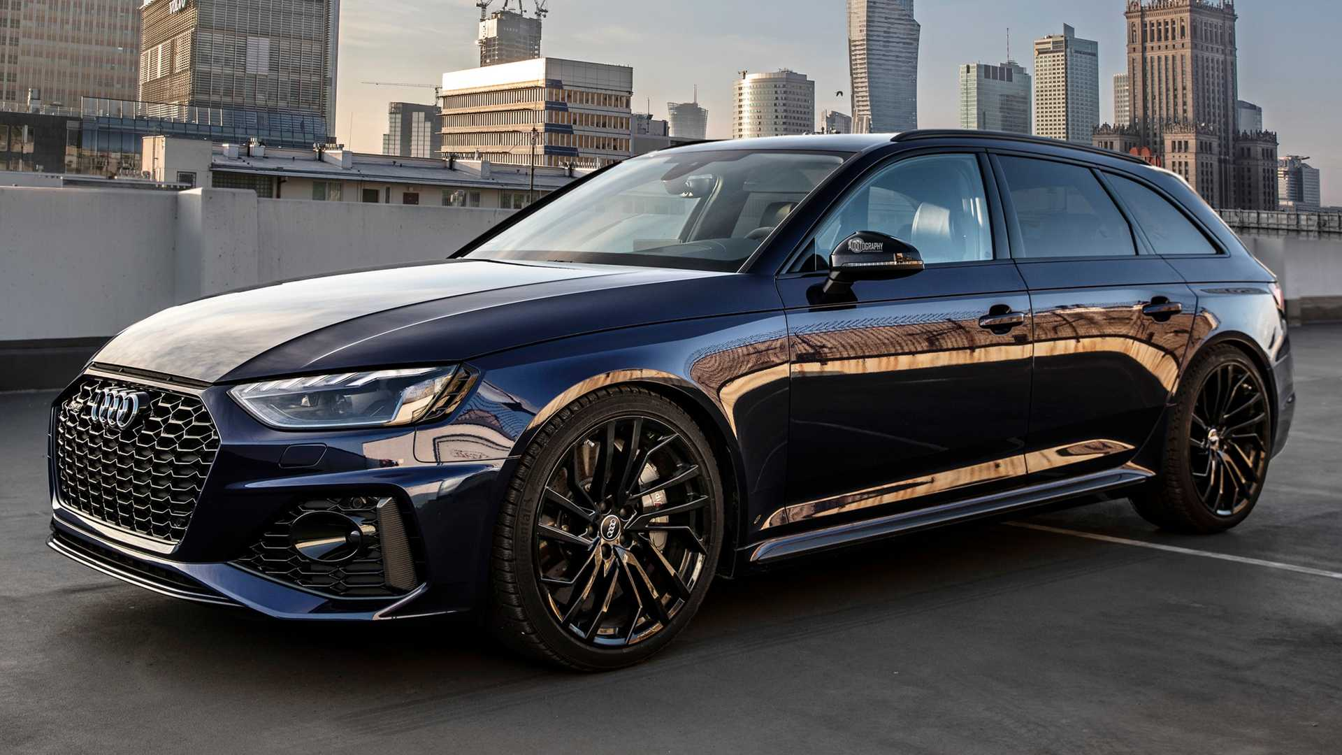 first 2020 audi rs4 avant epic video shows super-fast  super-cool wagon