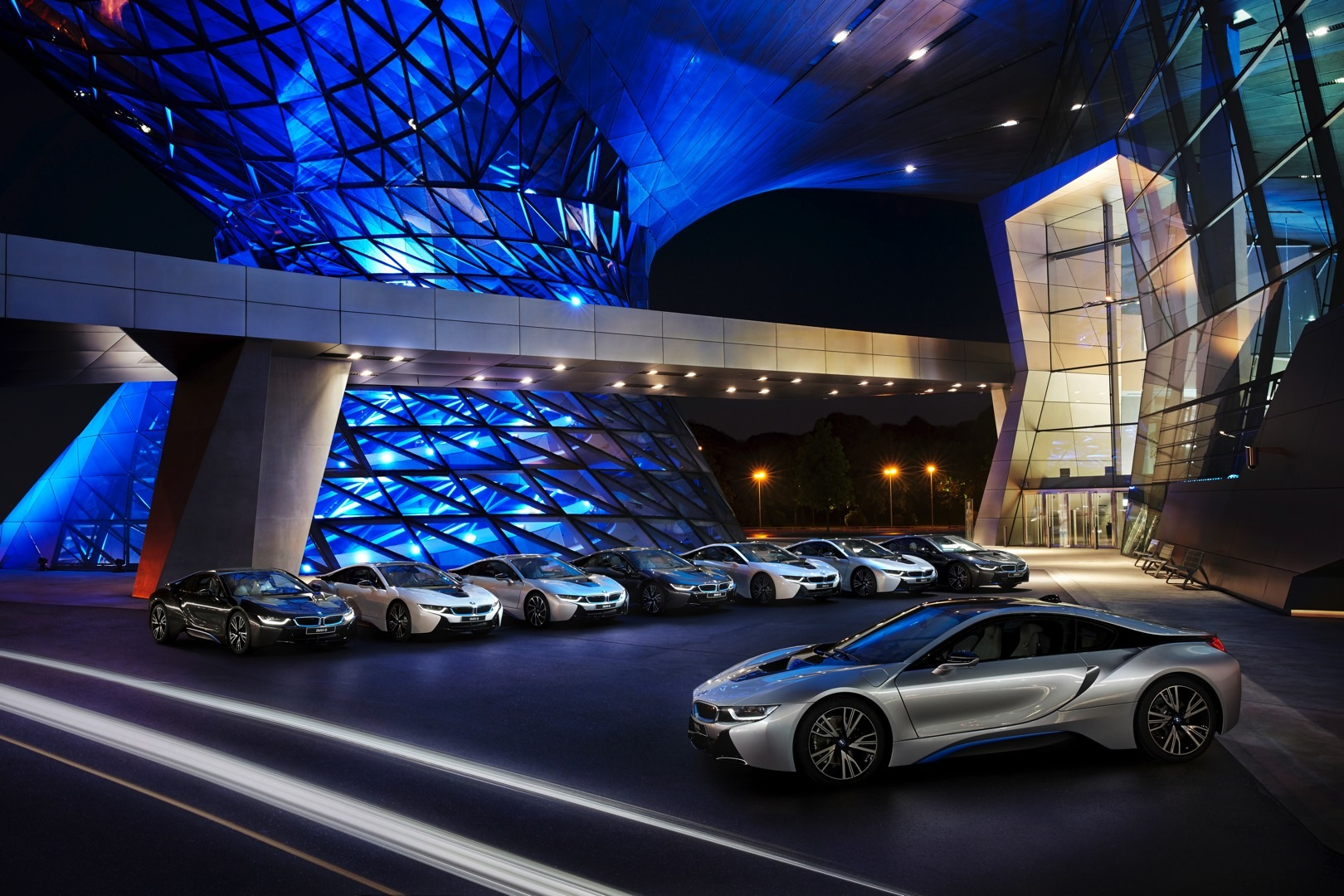 First Bmw I8s Delivered At Welt Museum Laser Headlight War Won Autoevolution