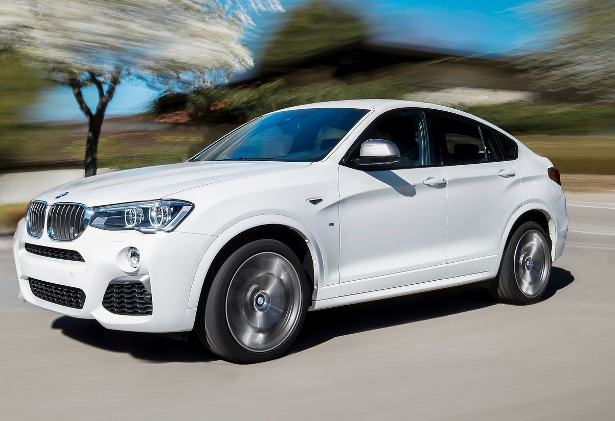 first bmw x4 m40i videos highlight the exhaust sound and sporty design autoevolution. Black Bedroom Furniture Sets. Home Design Ideas