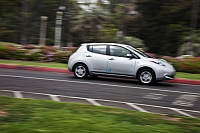 Nissan Leaf drives into Texas