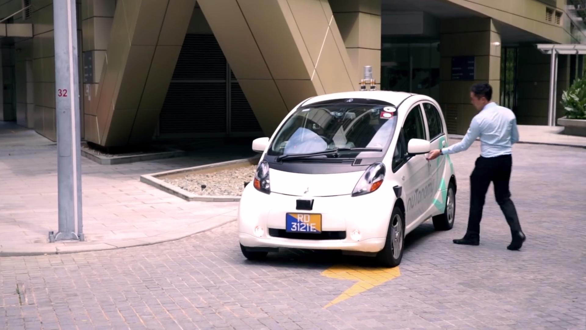 प्रथम चालकरहित टैक्सी सिंगापुर