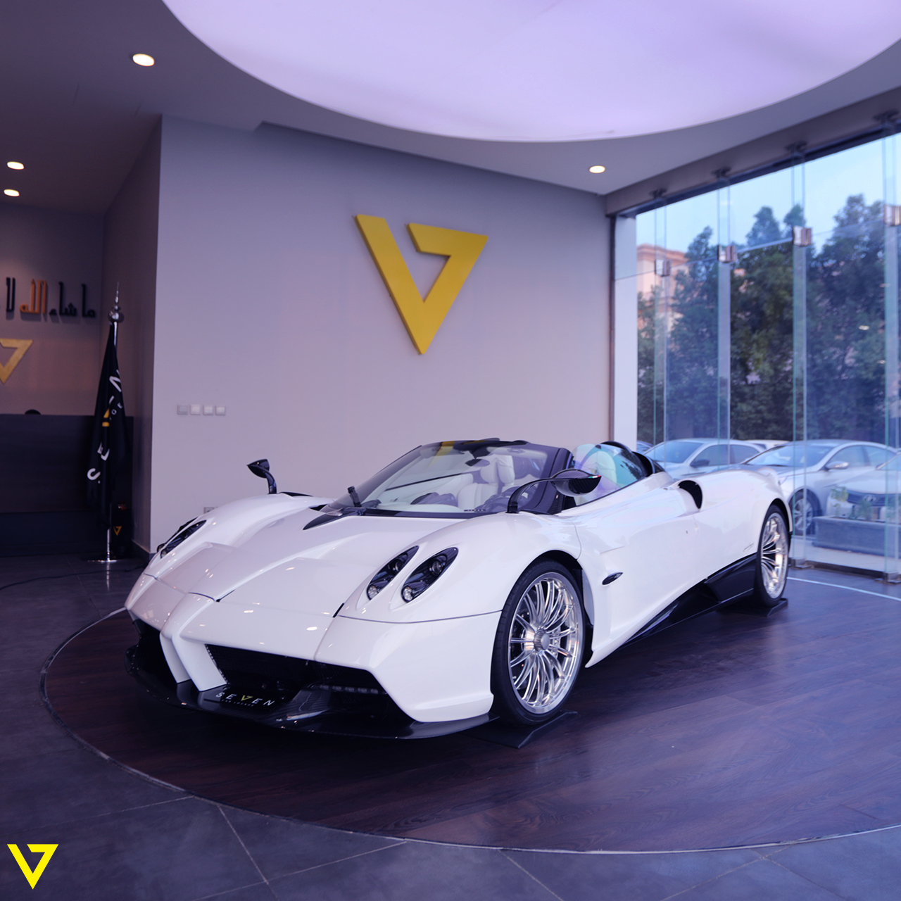 Pagani Huayra For Sale >> First Pagani Huayra Roadster Listed For Sale With Delivery Mileage