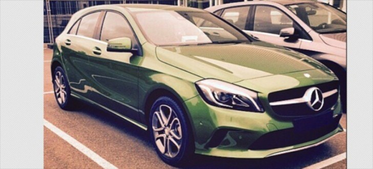 first photo of 2015 mercedes a class facelift new green paint different air vents autoevolution. Black Bedroom Furniture Sets. Home Design Ideas