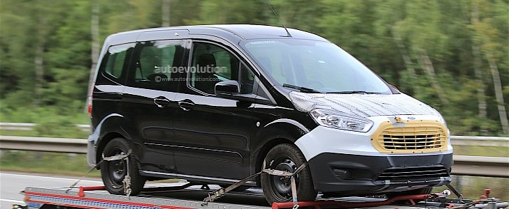 First Spy Shots of 2018 Ford Tourneo Courier Facelift - autoevolution