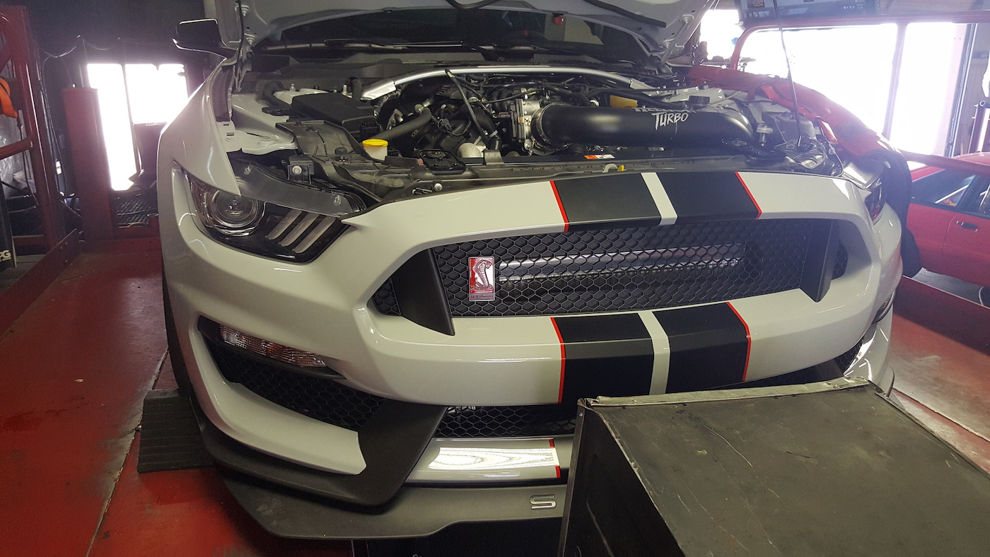 First Twin Turbo Ford Mustang Shelby Gt350r Is An 800 Hp