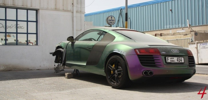 'Flip Flop' Audi R8 Crashed in Dubai