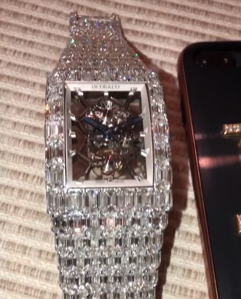a spent mayweather dollars on pinterest gq floyd money watches story hublot watch new million dollar hublotfloyd one