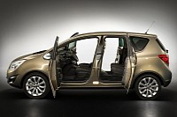 Opel Meriva still uses a B pillar for better safety