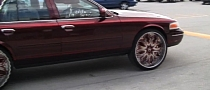 Ford Crown Victoria on 30-Inch Rims! [Video]