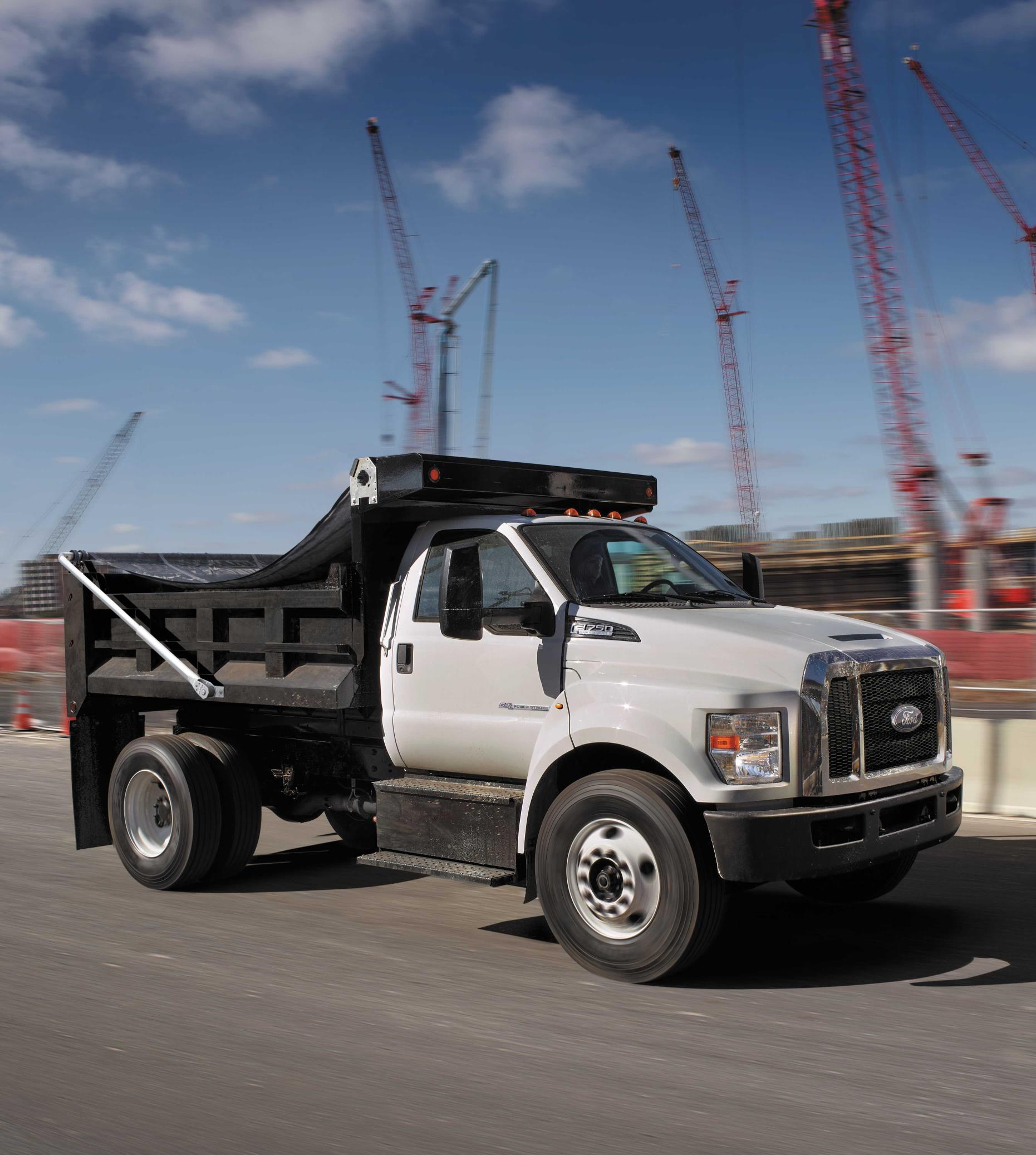 ford f 650 and f 750 updated for model year 2018 autoevolution. Black Bedroom Furniture Sets. Home Design Ideas