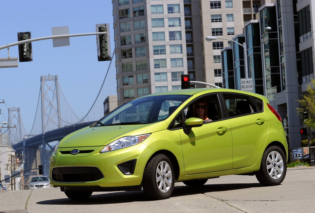 ford fiesta powershift receives 40 mpg epa highway rating. Black Bedroom Furniture Sets. Home Design Ideas
