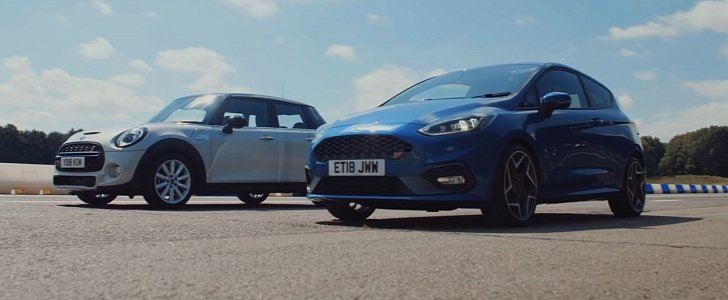 Ford Fiesta ST Drag Races MINI Cooper S, Destruction Is Absolute