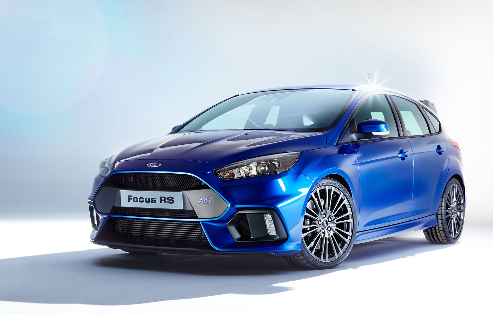 Ford Focus RS Rated at 350 HP, 350 LB-FT, Will Restart Engine If You ...