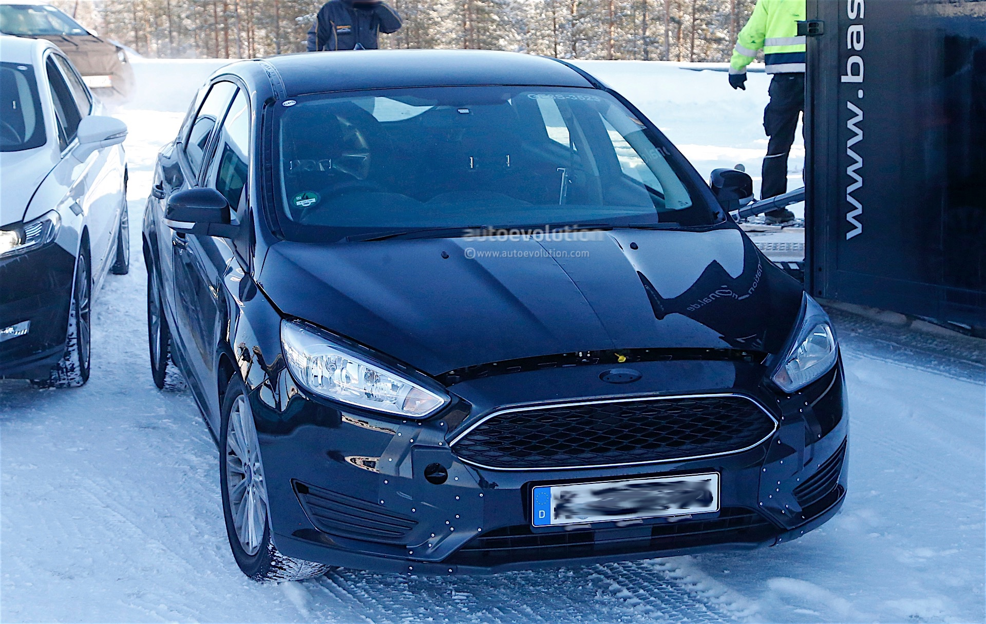 ford testing next generation focus in winter conditions. Black Bedroom Furniture Sets. Home Design Ideas