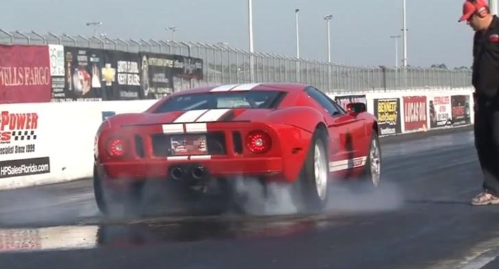 Ford GT Burnout