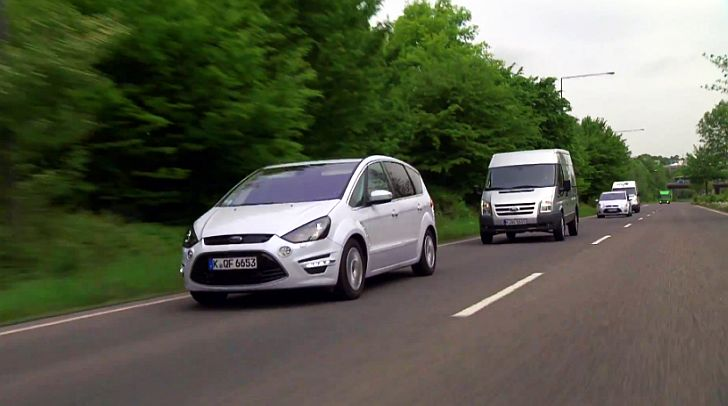 Ford Introduces Electronic Brake Light System [Video]