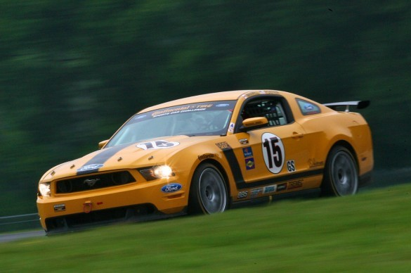 Ford Mustang Boss 302r Returns To The Race Track With
