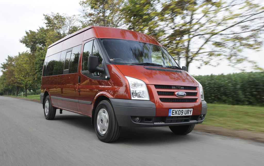 ford offers all wheel drive for the transit minibus autoevolution. Black Bedroom Furniture Sets. Home Design Ideas
