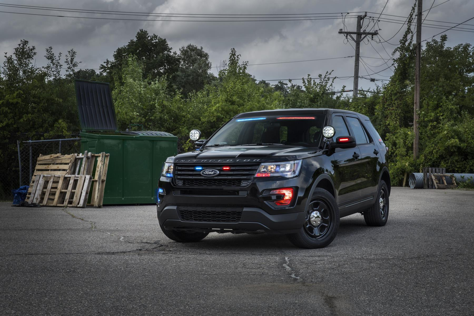 ford police interceptor utility gets no profile visor light bar 106311. Cars Review. Best American Auto & Cars Review
