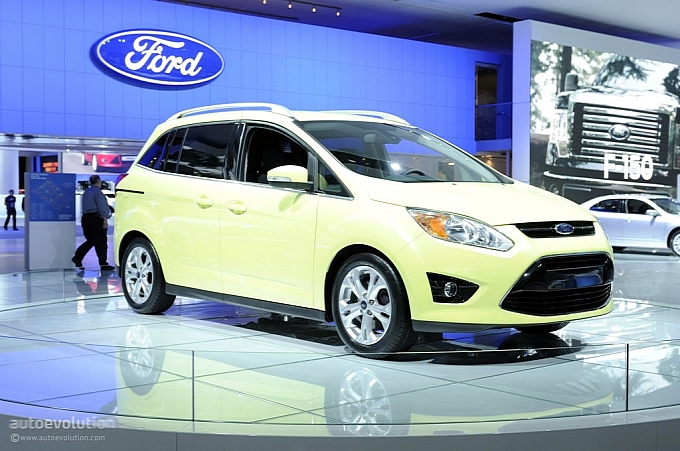 Ford Ramps Up CMAX Production In Europe To Meet Increasing Demand - Ramp ford car show