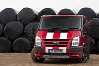 Ford Transit SportVan in Red