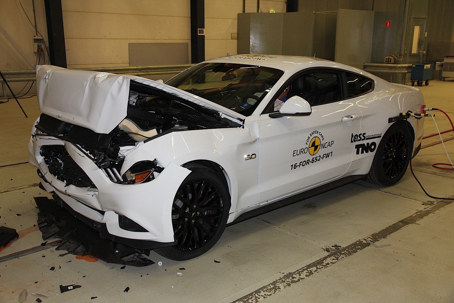 ford attempted to resist mustang crash test ancap says. Black Bedroom Furniture Sets. Home Design Ideas