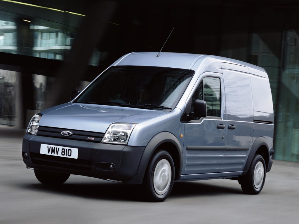 ford 39 s electric van comes from europe autoevolution. Black Bedroom Furniture Sets. Home Design Ideas