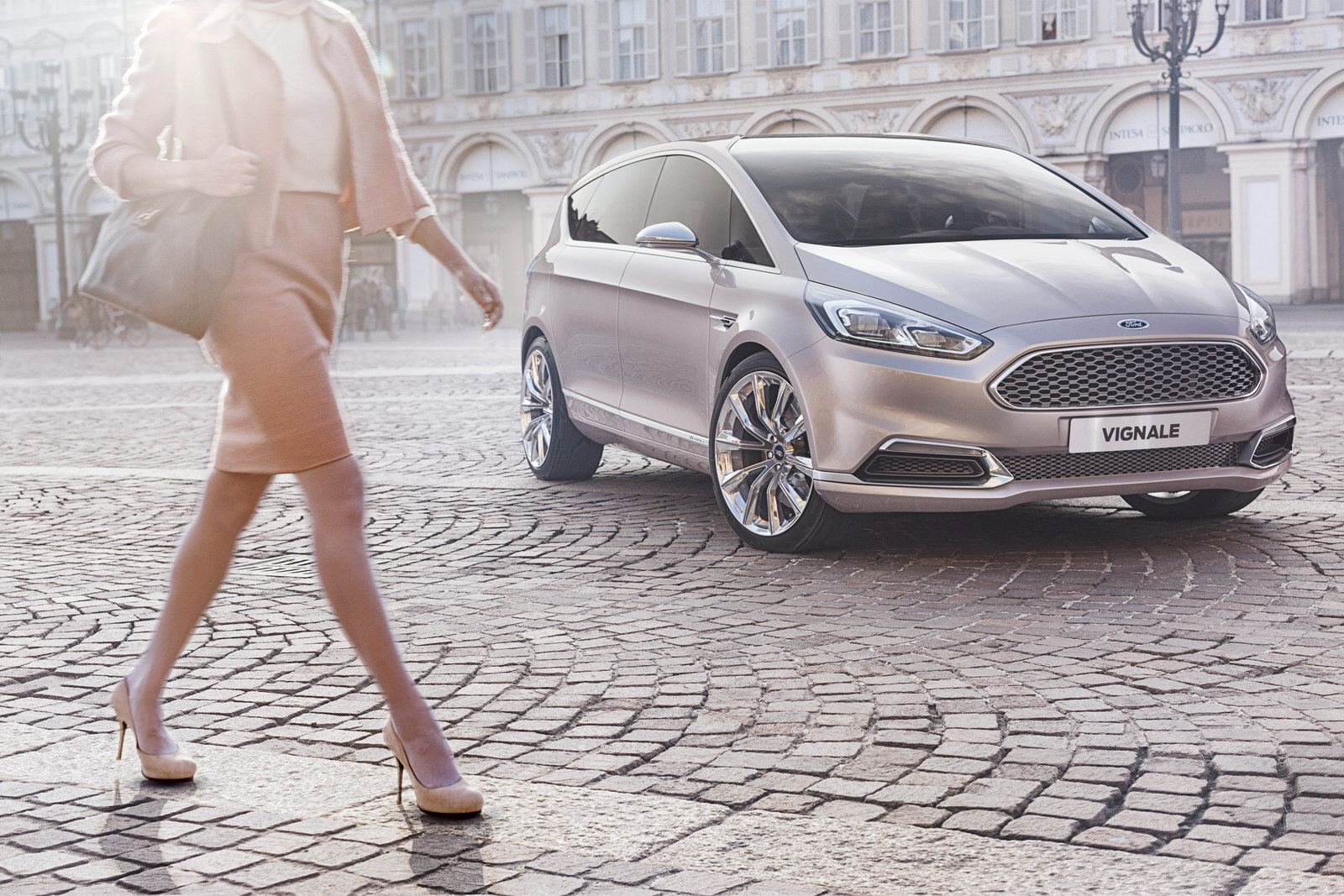 https://s1.cdn.autoevolution.com/images/news/ford-s-max-concept-breaks-cover-in-vignale-flavor-79741_1.jpg
