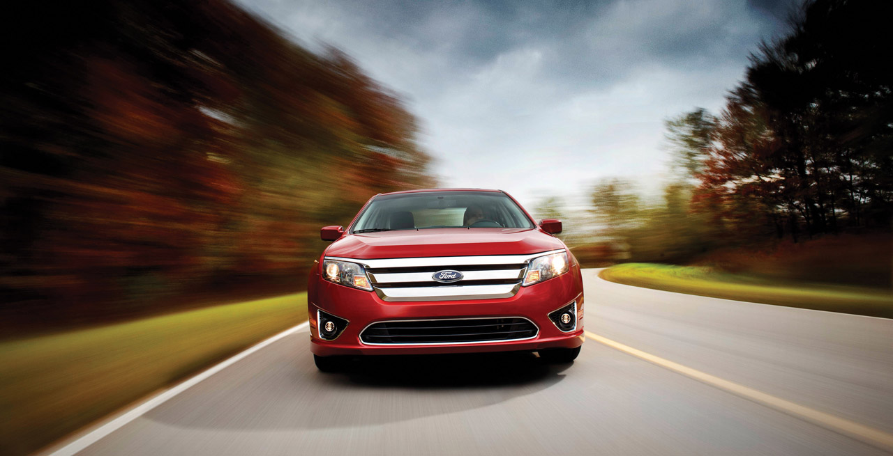 2010 Ford Fusion's front