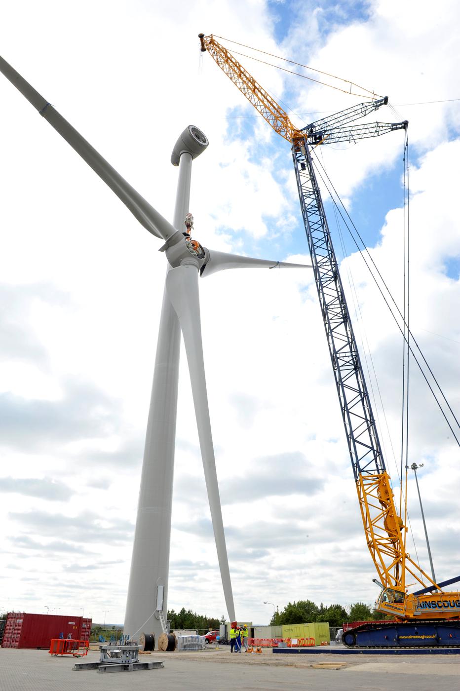 Ford S Third Wind Turbine In Dagenham Provides Green Power Autoevolution
