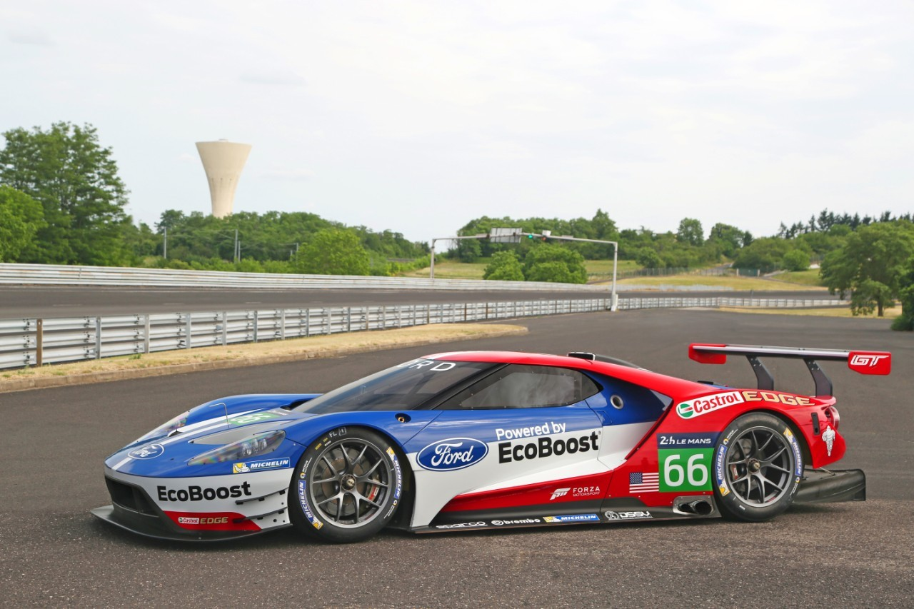 four ford gt race cars will compete at le mans - autoevolution