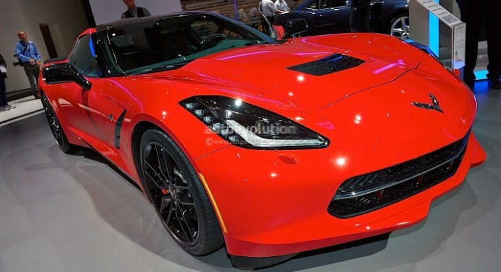 Frankfurt 2013: 2014 Corvette Stingray Coupe and Convertible [Live Photos]