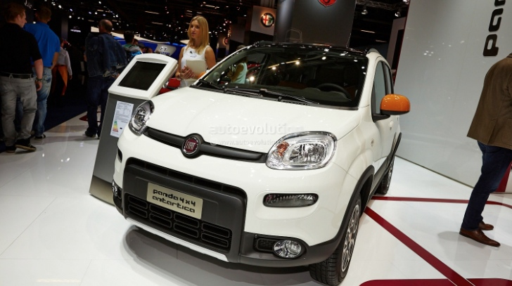 frankfurt 2013 fiat panda 4x4 antartica live photos. Black Bedroom Furniture Sets. Home Design Ideas