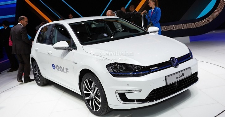 Frankfurt 2013: Volkswagen e-Golf [Live Photos]