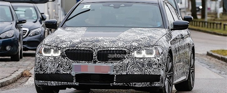 Fresh Spy Photos of the 2017 BMW 5 Series Are Here